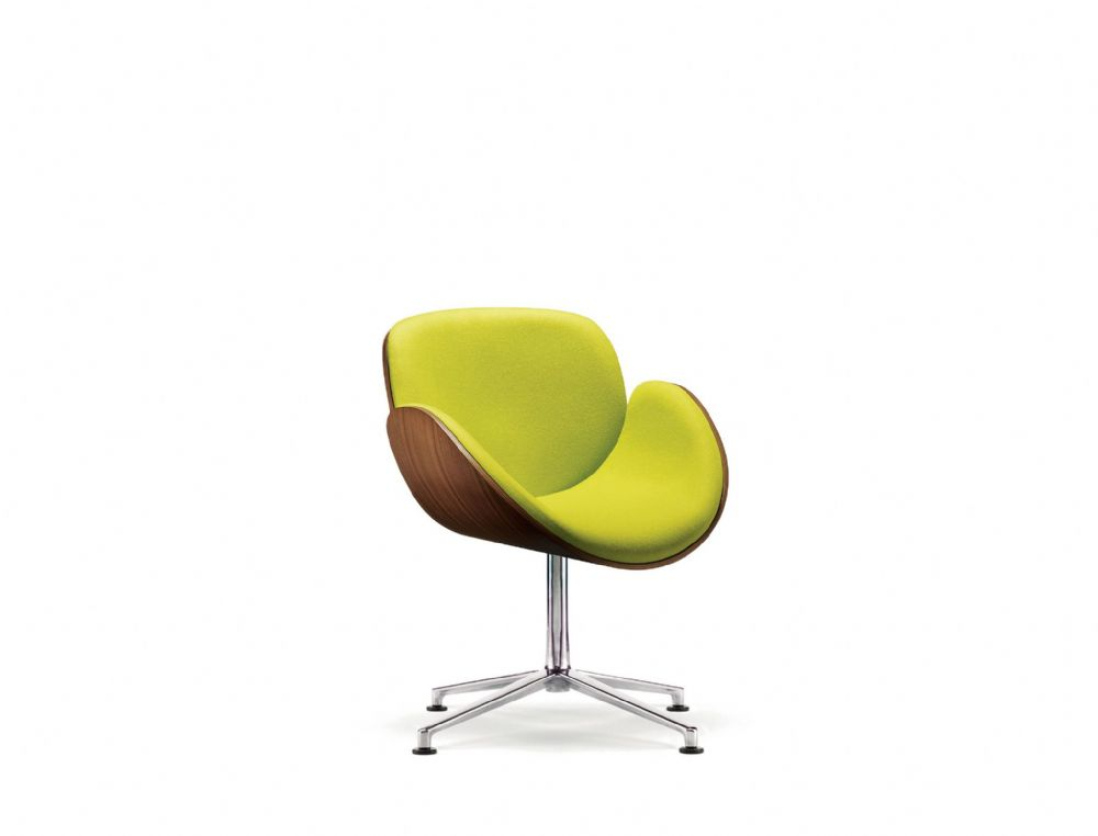 Pledge Spirit Breakout Chair With Upholstered Inner Shell And Polished Aluminium 4 Star Base